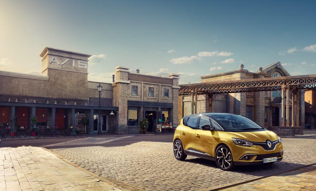 autofrau_Renault_scenic