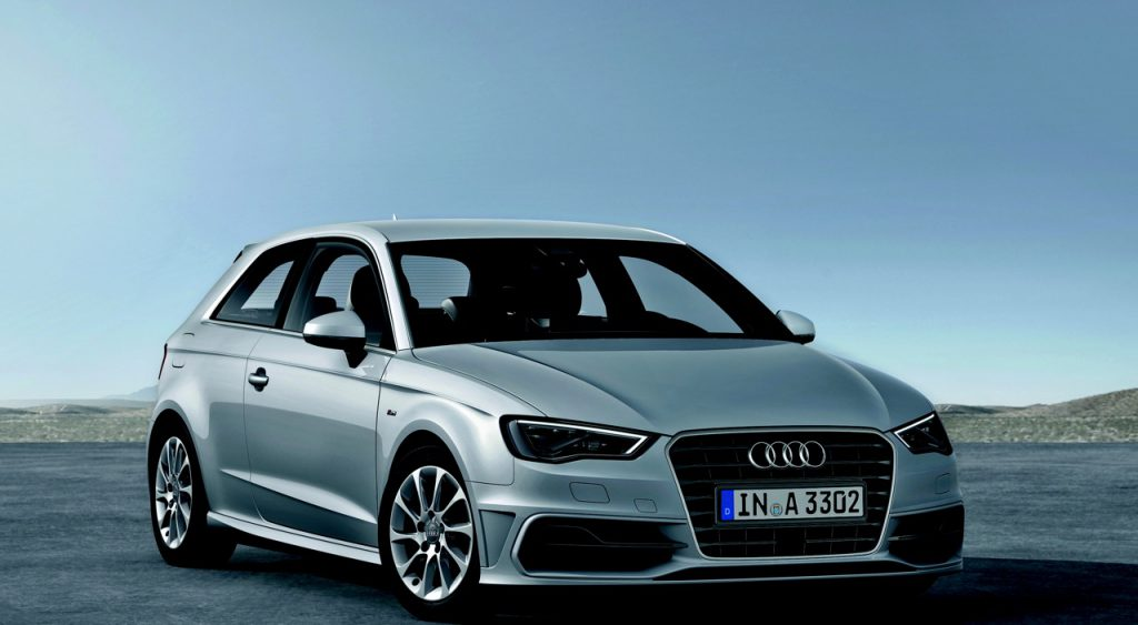Audi A3 1.6 TDI ultra    Farbe: Eissilber