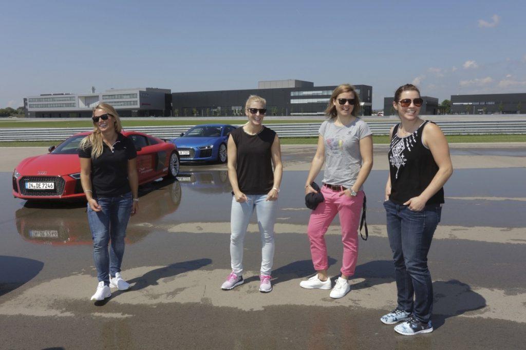 Lara Gut (CH), Eva-Maria Brem (A), Viktoria Rebensburg (D), Tina Weirather (LI) (v. l.)