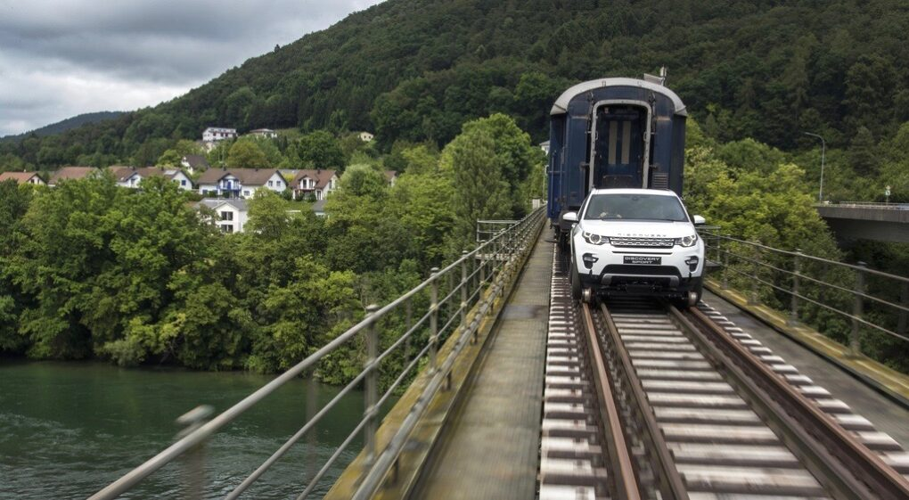 autofrau_landroverdiscoverysporttrain - 6
